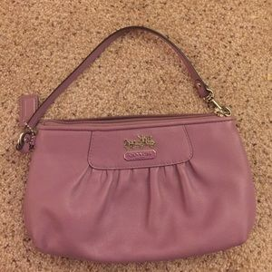 Coach wristlet PINK in great condition
